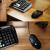 ロジククルールG 402ゲレングミ競技有線マウス追跡FPSチキンLOLマクロプログラミングCF大手彼氏G 402+典蔵版テーブルマットセット